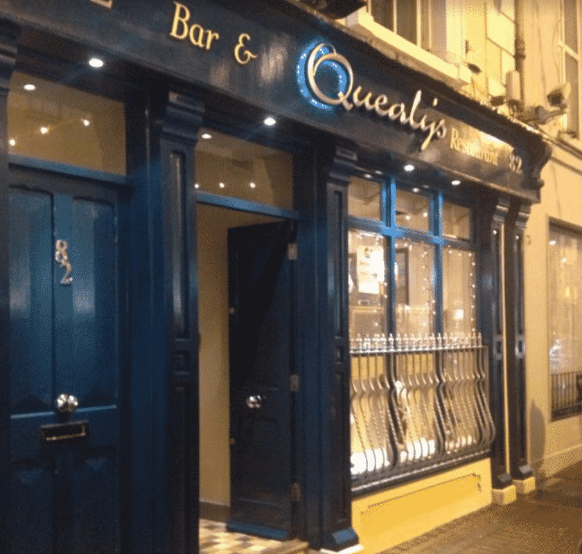 Place Quealys Bar Exterior