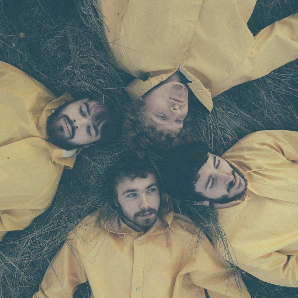 Band Crome Yellow